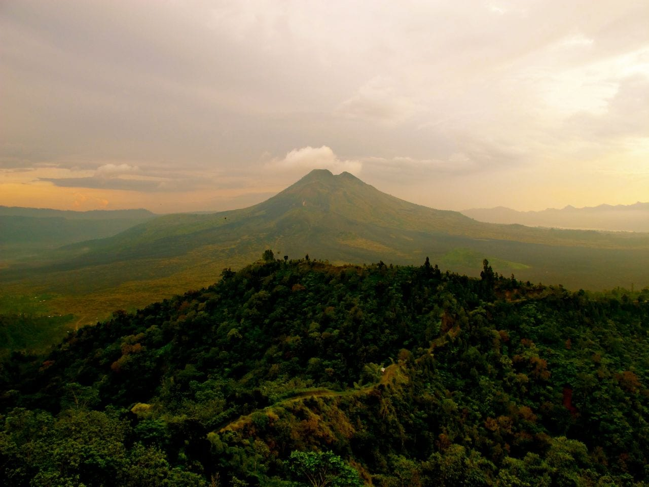 bali volcano - photo #3