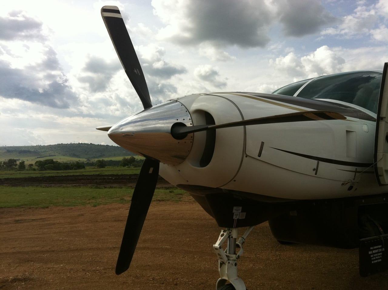 Kenya Safari Link Prop Plane
