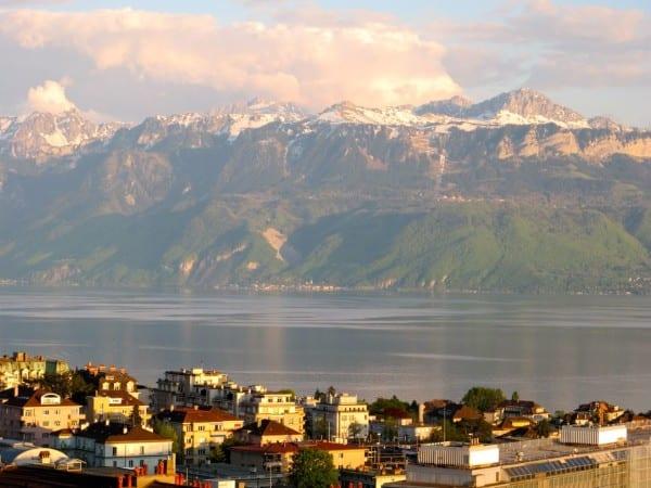 Snow-covered peaks and pristine Lake Geneva