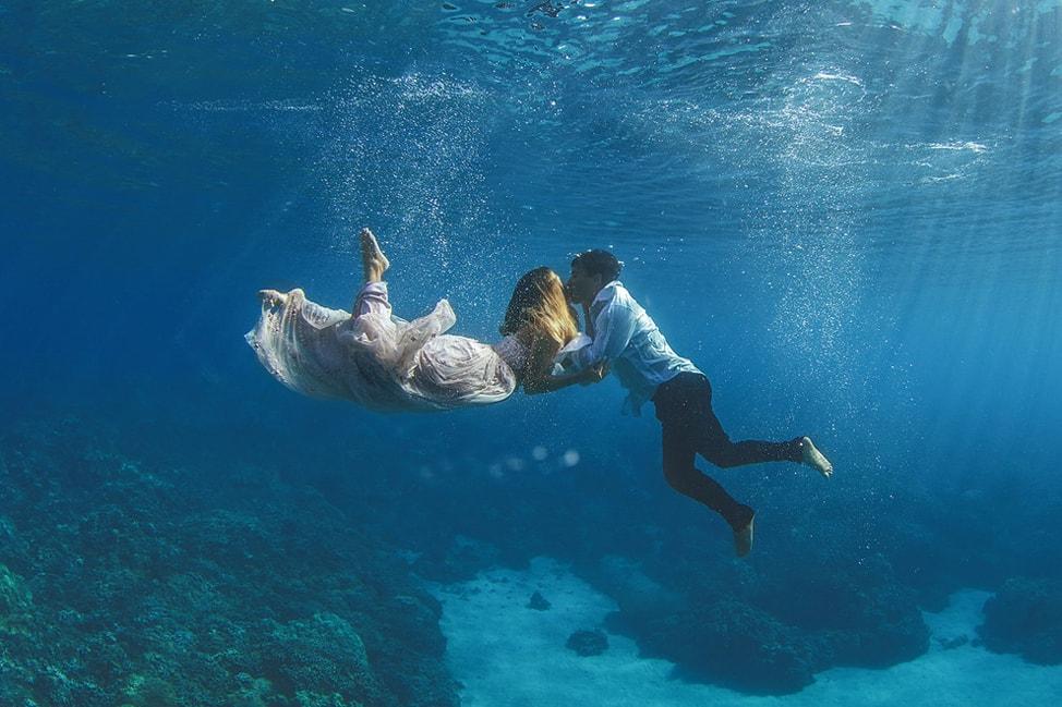 underwater-wedding-photos-4