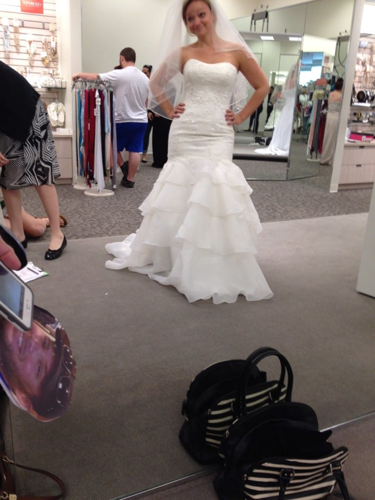 11 Tips for Finding the Perfect Wedding Dress - Angie Away