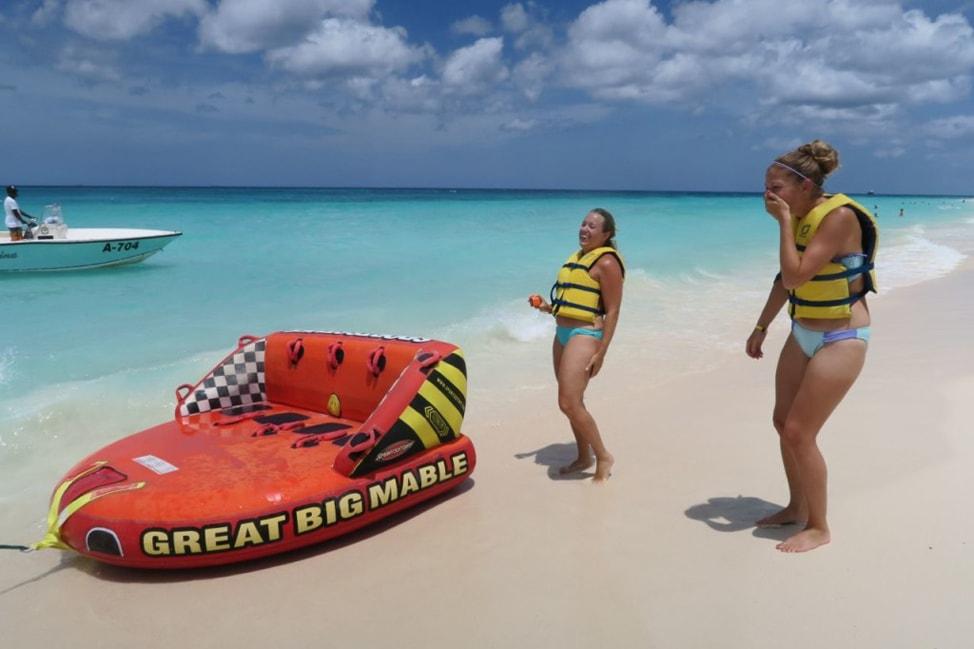 5 Reasons to Smile in Aruba