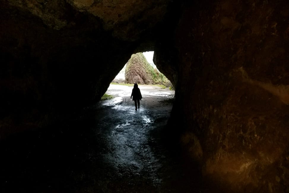 How to plan an IRish Road Trip Itinerary - Melisandre's Cave - Game of Thrones