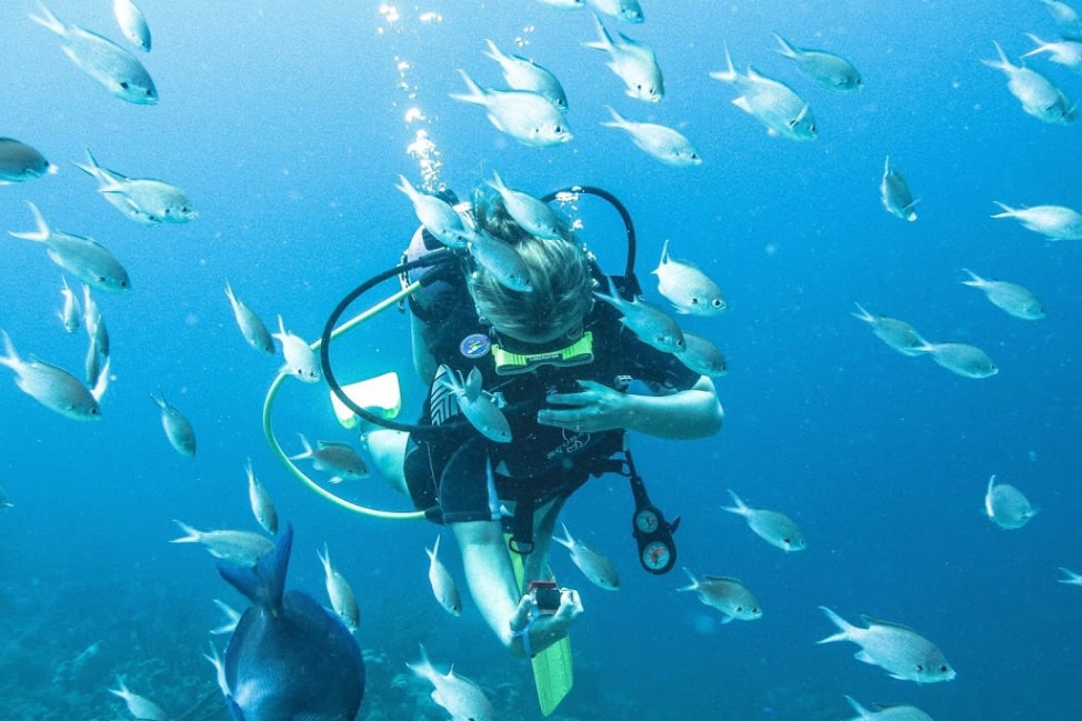 What to do in Bonaire - scuba diving selfies are a good place to start!